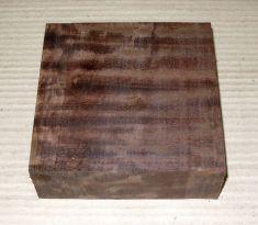 Gb051 Coraçao de Negro, Gombeira Wood Blank 130 x 130 x 45 mm