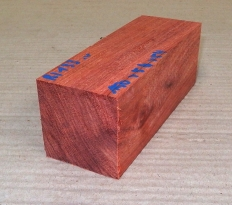 Bl133 Bloodwood Satiné 150 x 54 x 54 mm