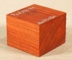 Pad299 Padouk, Korallenholz Block 80 x 75 x 60 mm