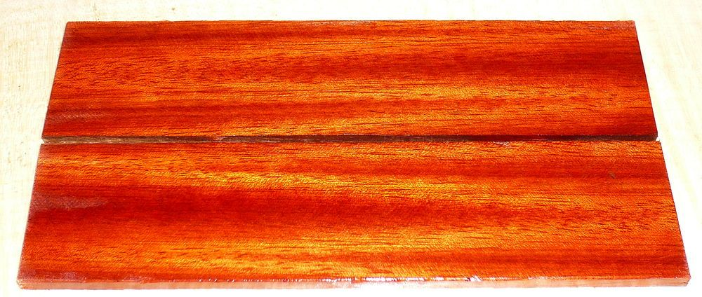 Bloodwood, Red Satinwood Razor Scales 140 x 40 x 4 mm