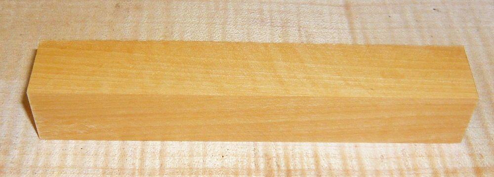 Baitoa, West Indian Boxwood Penblank 120 x 20 x 20 mm