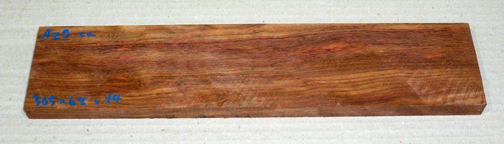 Az009 Amazakoue, Ovangkol 305 x 68 x 14 mm