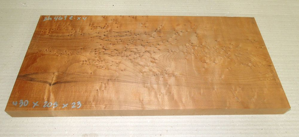 Ah461 Roasted Birds Eyes Maple 430 x 205 x 23 mm