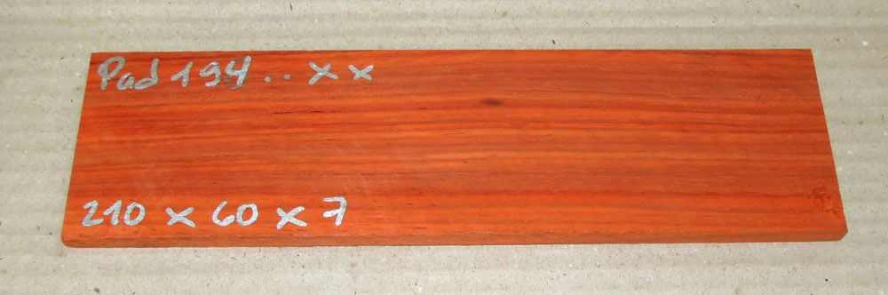 Pad194 Padauk, Coral Wood 210 x 60 x 7 mm