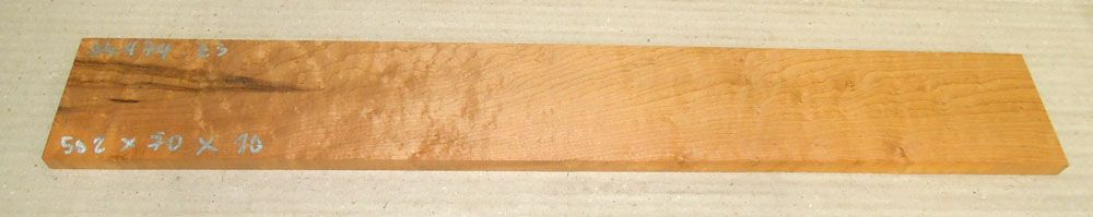Ah474 Roasted Birds Eyes Maple Finger Board 502 x 70 x 10 mm