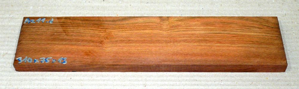 Az011 Amazakoue, Ovangkol 310 x 75 x 13 mm