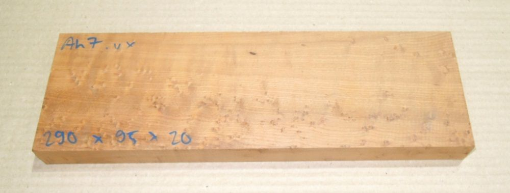 Ah007 Roasted Birds Eyes Maple 290 x 95 x 20 mm