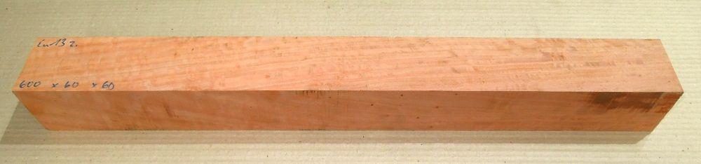Eu013 River Red Gum, roter Eukalyptus geriegelt 610 x 60 x 60 mm
