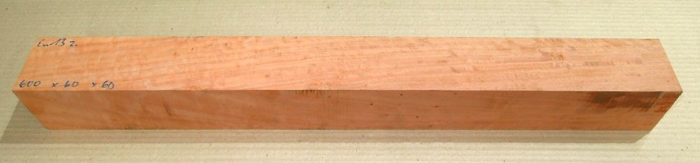 Eu013 River Red Gum, Red Eucalyptus Curly 610 x 65 x 65 mm