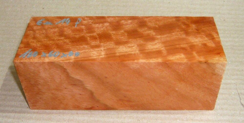 Eu014 River Red Gum, roter Eukalyptus geriegelt 160 x 60 x 60 mm