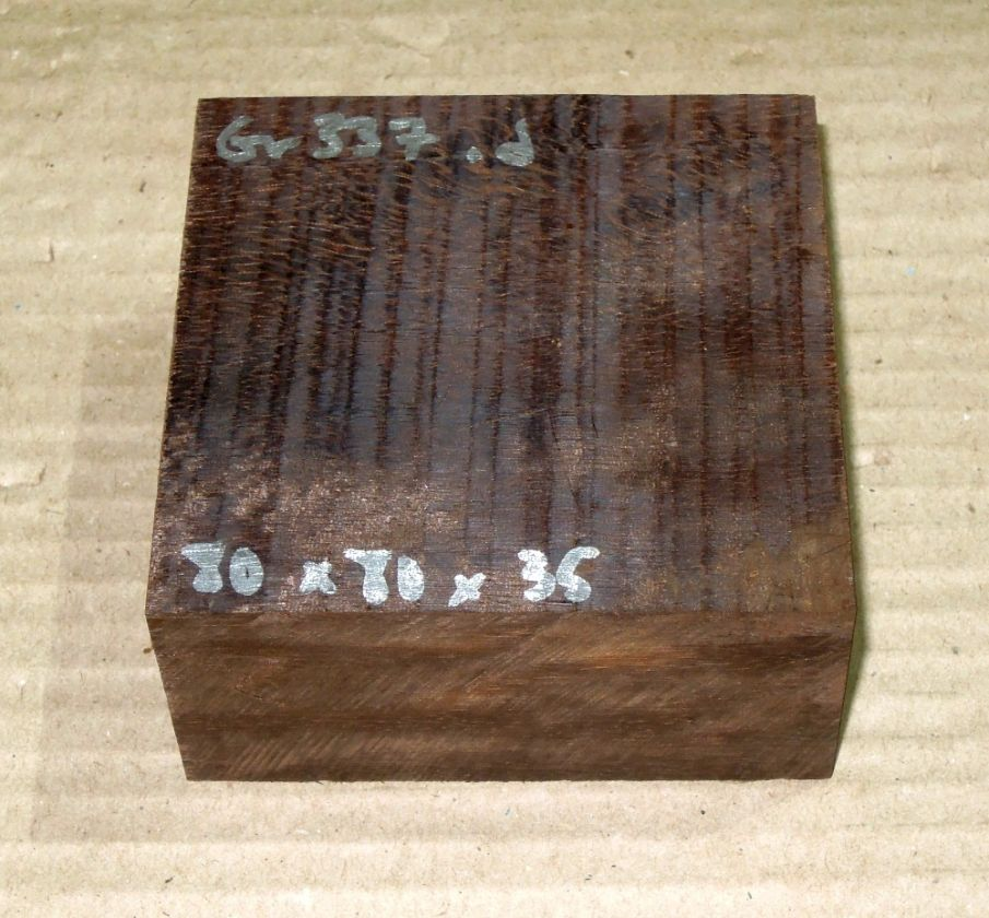Gb337 Coraçao de Negro, Gombeira Rohling 80 x 80 x 35 mm