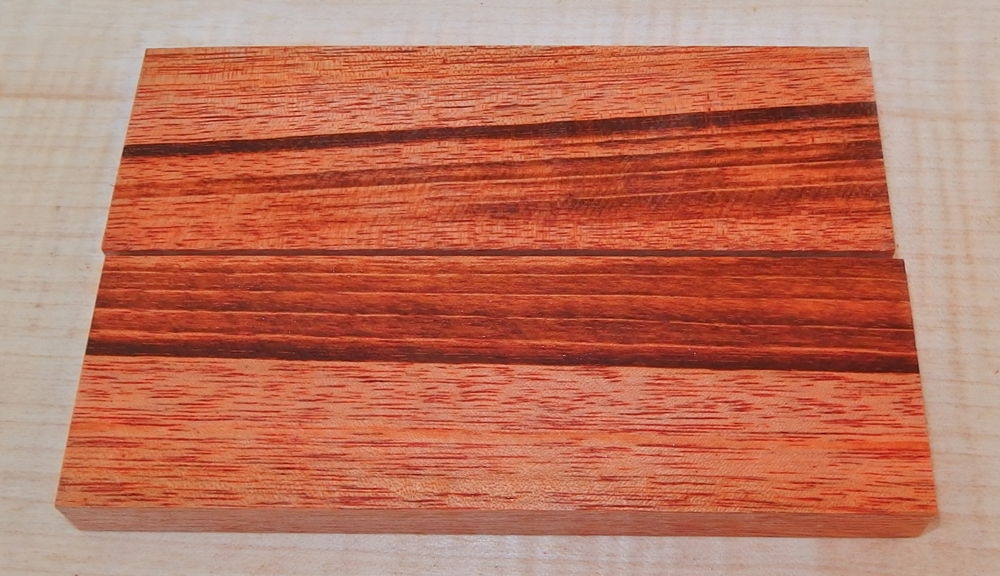 Tigerwood, Goncalo Alves Griffschalen 120 x 40 x 10 mm