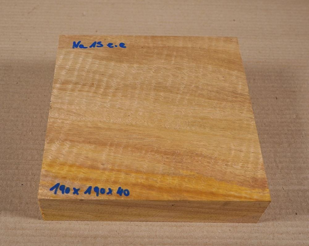 Na015 Naranjo, Bullywood 190 x 190 x 40 mm