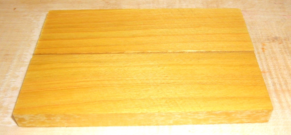Amarello, Yellow Heart Knife Scales 120 x 40 x 10 mm