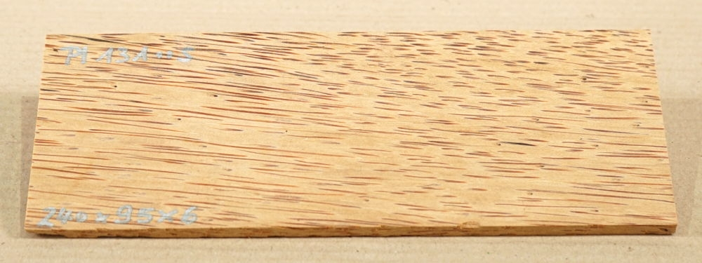 Pl131 Rotes Palmenholz 240 x 95 x 6 mm