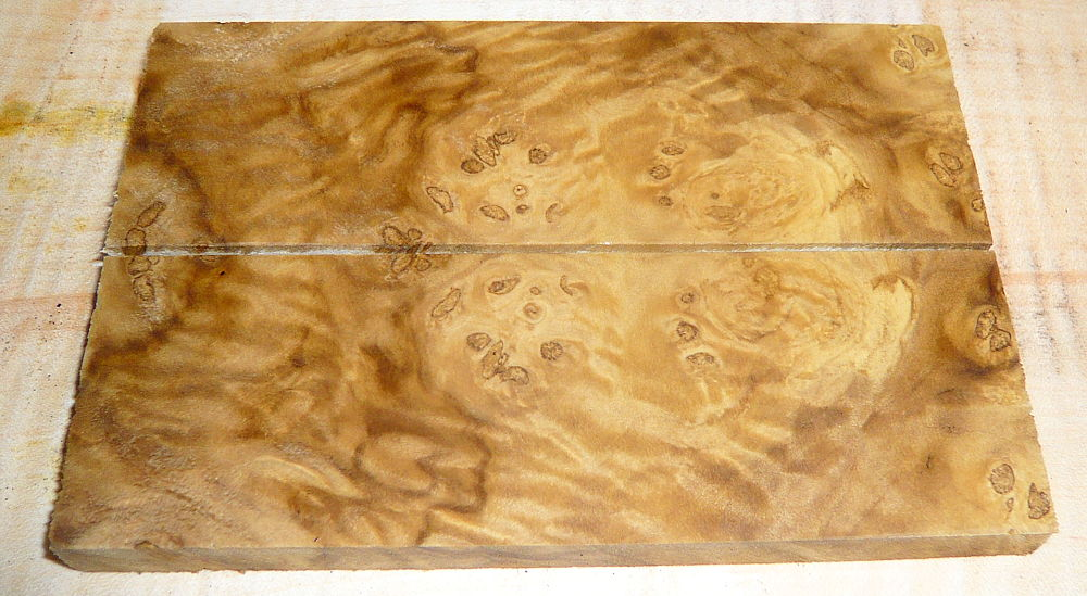 Laurel Burl Knife Scales 120 x 40 x 10 mm